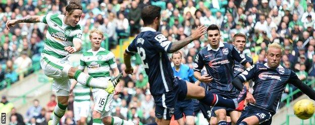 Stefan Johansen scores Celtic's second goal