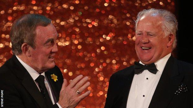 Phil Bennett and Dai Watkins share a joke at the Wales Sport Awards