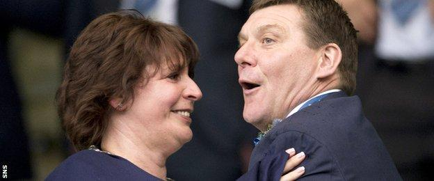 Tommy Wright and his wife Anne celebrate their 2014 Scottish Cup win