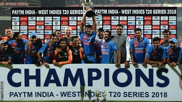 India with the T20 series trophy