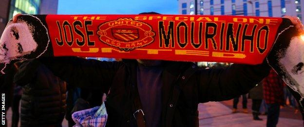 Jose Mourinho scarf