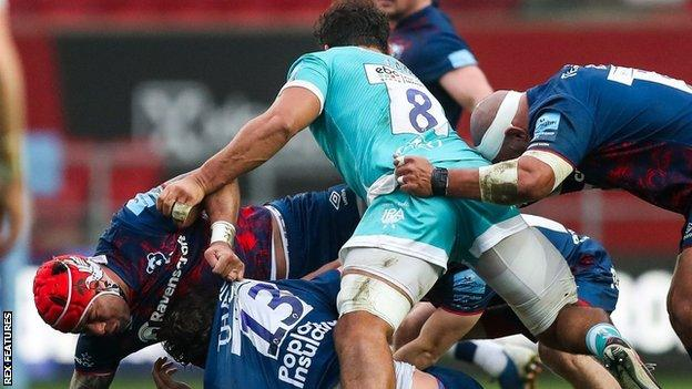 Bristol's Siale Piutau (red scrum cap) and Worcester's Marco Mama (8) were both on the scoresheet at Ashton Gate