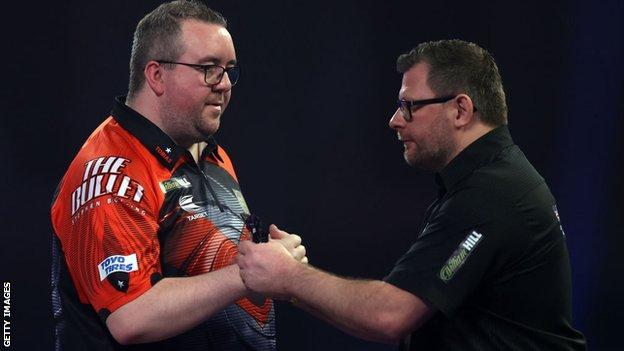Wade hits nine-darter but loses in PDC World Championship thumbnail