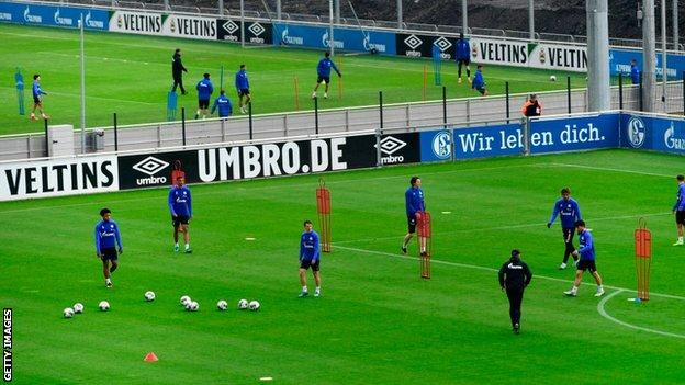 Schalke in training
