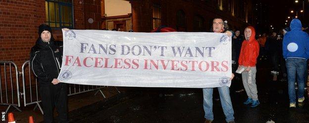 Fan protest