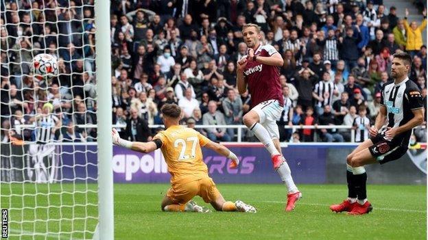 West Ham a battu Newcastle dans un thriller de six buts dimanche