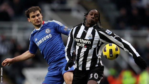 Nile Ranger in action for Newcastle United against Chelsea in the Premier League
