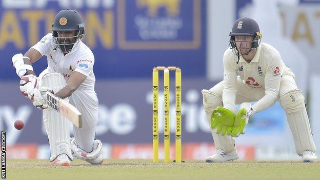 Sri Lanka's Lahiru Thirimanne sweeps against England