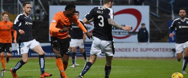 Edward Ofere scores for Dundee United