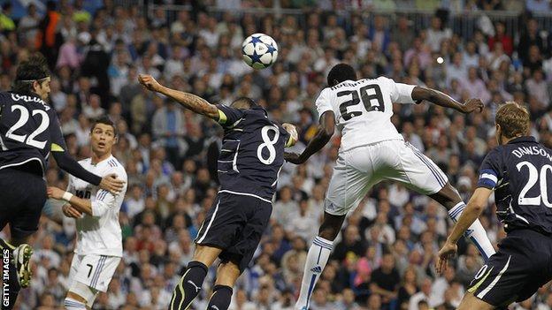 Emmanuel Adebayor puts Real Madrid ahead against Tottenham