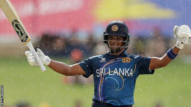 Chamari Atapattu celebrates making 50