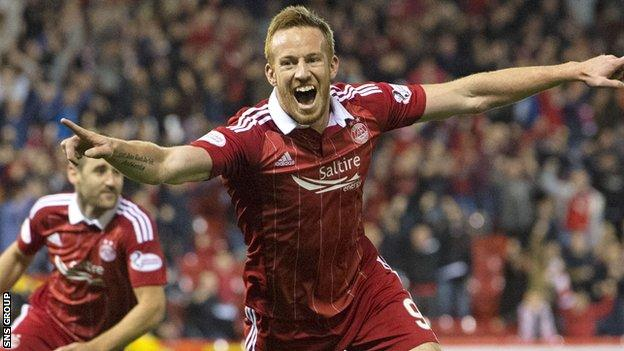 Aberdeen striker Adam Rooney