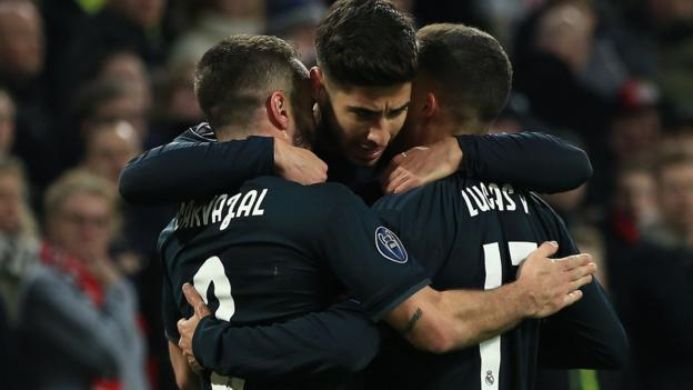 Ajax 1-2 Real Madrid: Champions League holders claim fortunate win in Amsterdam thumbnail