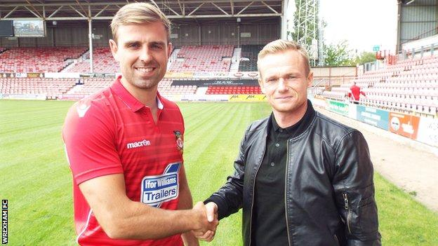Kevin Roberts and Wrexham manager Dean Keates
