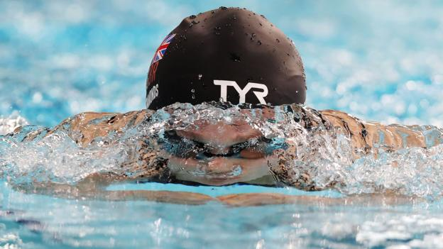 Maisie Summers-Newton breaks world record as Ellie Simmonds misses out thumbnail