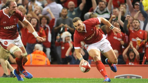 North try for Wales against England prompts World Rugby law change