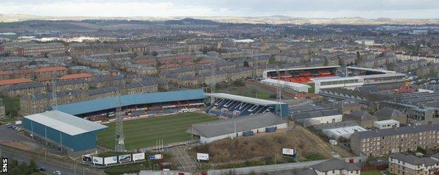 Dundee and Dundee United were set to merge in 1999, according to Roger Mitchell