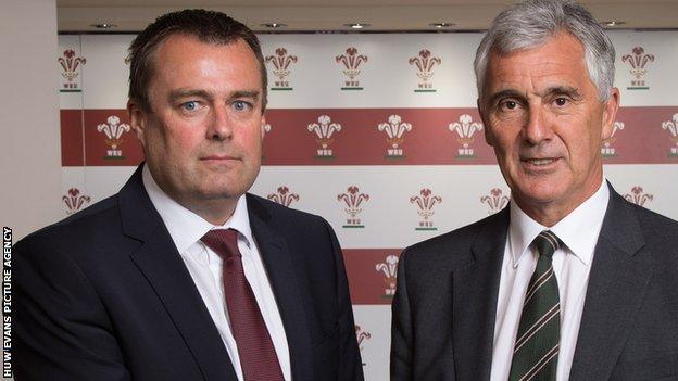 Martyn Phillips with Gareth Davies