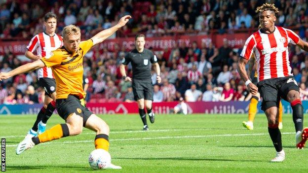Jarrod Bowen scores for Hull City against Brentford