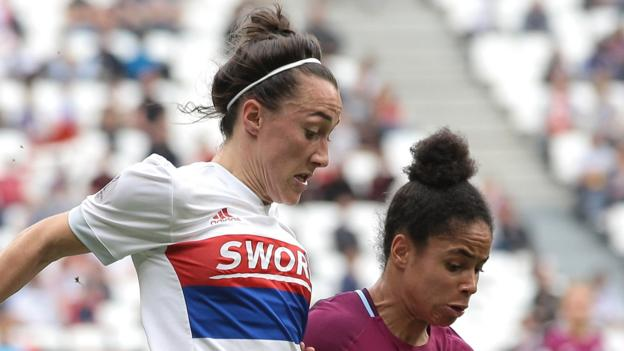Women's Champions League: Lucy Bronze scores 'wonderful' volley for Lyon against Manchester City thumbnail