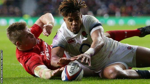 The contentious disallowed try