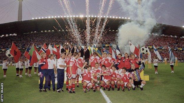 Denmark players celebrate winning Euro 1992