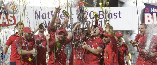 Lancashire celebrate winning the 2015 T20 Blast