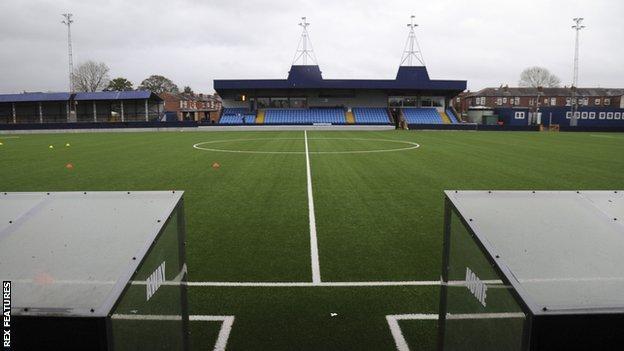 Hyde United's Ewen Fields ground