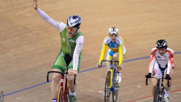 Martyn Irvine celebrates winning the scratch race at the 2013 Track Cycling World Championships