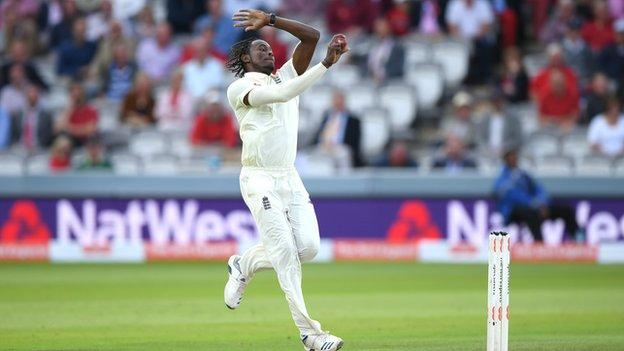 Jofra Archer in action during day two of the second Test Match between England and Australia at Lord's Cricket Ground