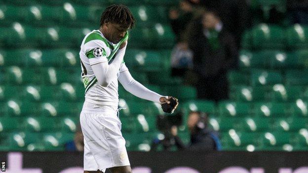 Deryck Boyata leaves the field