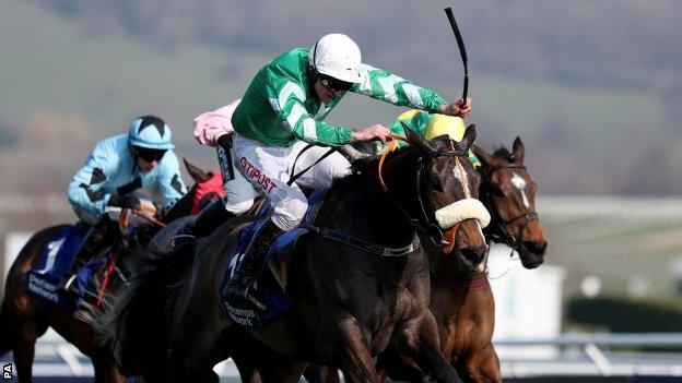 Davy Russell on Mall Dini