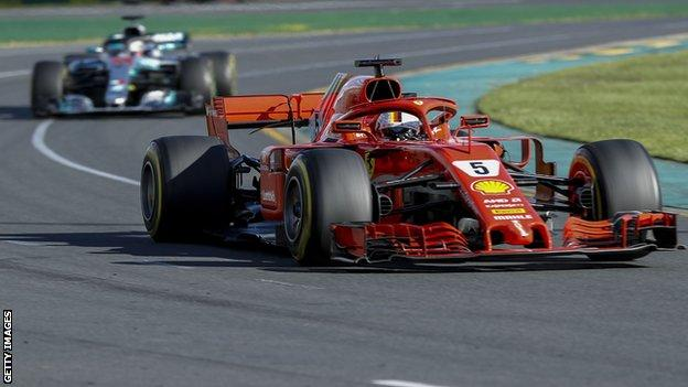 Sebastian Vettel and Lewis Hamilton during the 2018 Australian Grand Prix