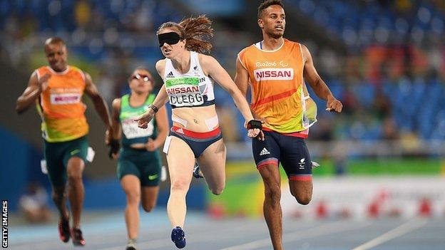 Libby Clegg and then-guide Chris Clarke in action at the Rio Paralympics in 2016