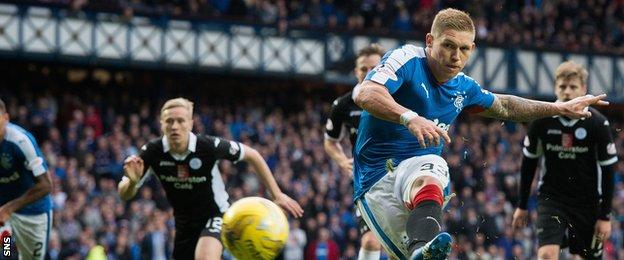 Martyn Waghorn in action for Rangers against Queen of the South