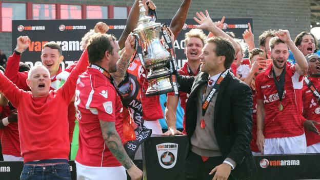 National league ebbsfleet united and fc halifax town secure promotion bbc sport - Bbc football league 1 table ...