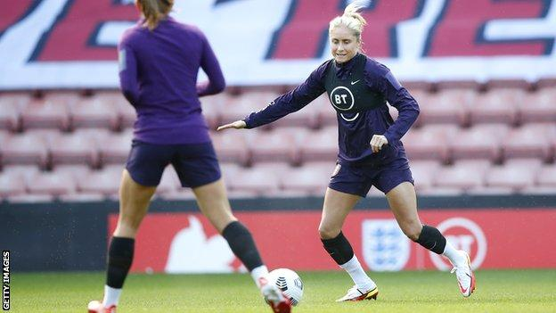 Steph Houghton in training