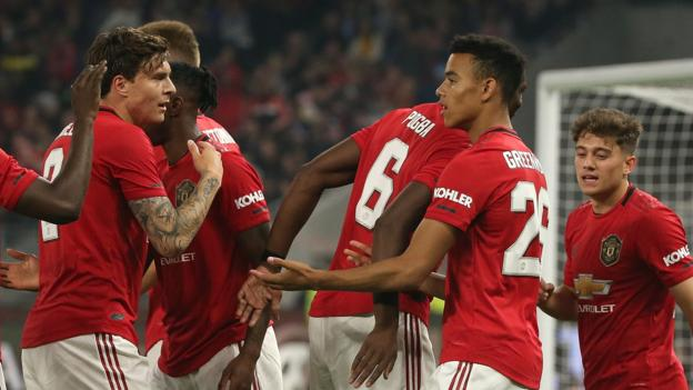 Man Utd 4-0 Leeds: Ole Gunnar Solskjaer's side comfortably win friendly in Australia thumbnail