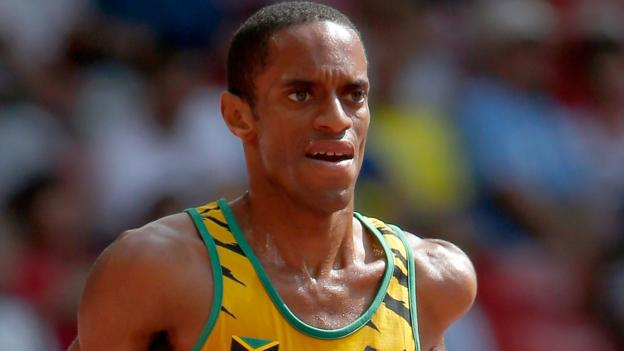 Kemoy Campbell: Jamaican athlete taken to hospital after collapsing during 3,000m thumbnail