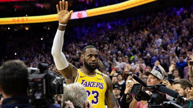 LeBron James surpasses Kobe Bryant in NBA's all-time scoring list thumbnail