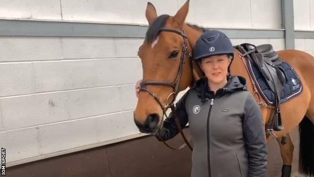 Yasmin Ingham with her horse