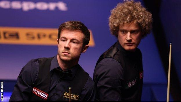 Jack Lisowski (left) and Neil Robertson
