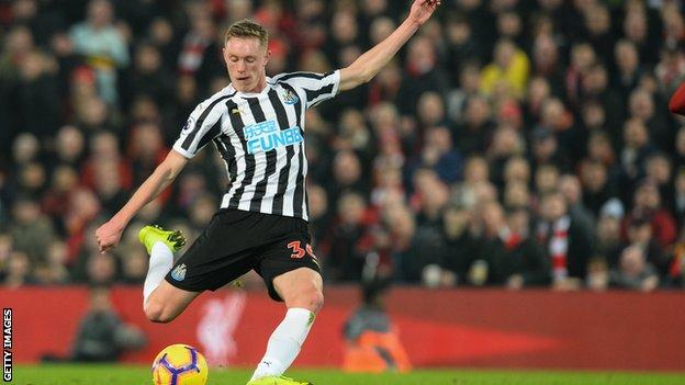 Newcastle midfielder Sean Longstaff