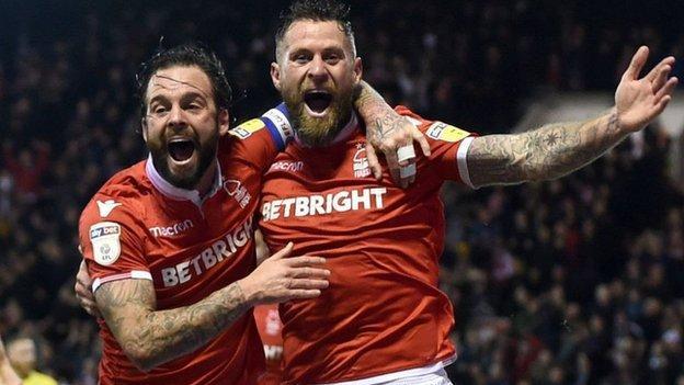 Nottingham Forest's Daryl Murphy celebrates his goal against Leeds United
