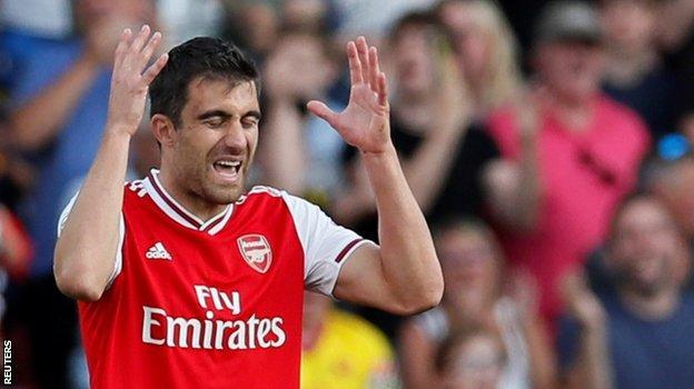Arsenal defender Sokratis Papastathopoulos