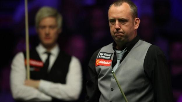 Mark Williams: World champion beaten 6-3 by Neil Robertson at the Masters thumbnail