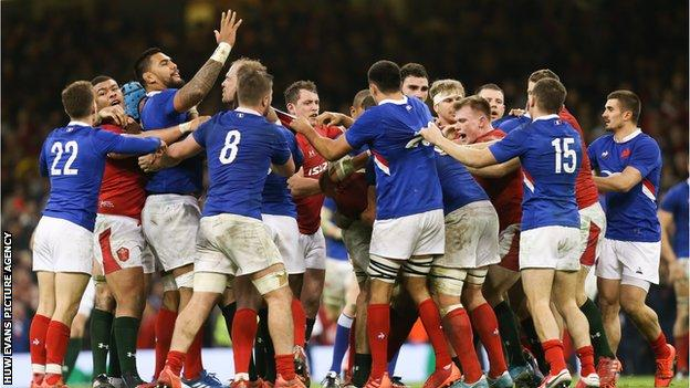 Wales and France players at the end of the 2020 Six Nations match
