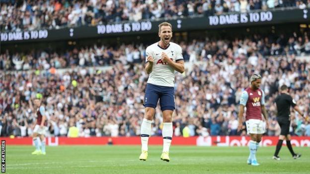 Tottenham forward Harry Kane celebrates scoring against Aston Villa