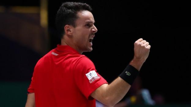 Davis Cup final: Spain lead Canada 1-0 after Roberto Bautista Agut beats Felix Auger-Aliassime thumbnail
