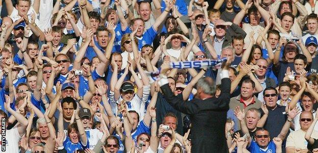 Claudio Ranieri in his final home game in charge of Chelsea